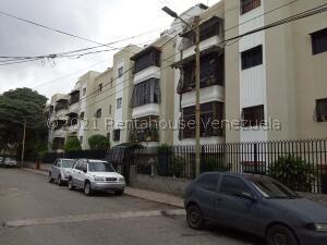Apartamento En Ventaen Caracas, Los Rosales, Venezuela, VE RAH: 21-26500