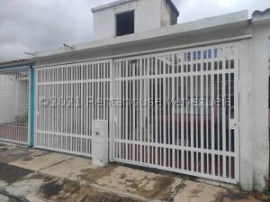 Casa En Ventaen Municipio San Diego, Yuma, Venezuela, VE RAH: 21-26524