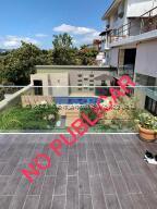 Casa En Ventaen Caracas, Cumbres De Curumo, Venezuela, VE RAH: 21-26532