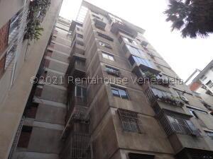 Apartamento En Ventaen Caracas, San Martin, Venezuela, VE RAH: 21-26692