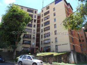 Apartamento En Ventaen Los Teques, Santa Maria, Venezuela, VE RAH: 21-26569
