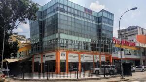 Local Comercial En Alquileren Municipio Naguanagua, La Granja, Venezuela, VE RAH: 21-26595