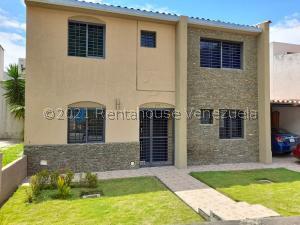 Casa En Ventaen Valencia, Parque Mirador, Venezuela, VE RAH: 21-26625