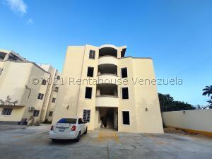 Apartamento En Ventaen Maracay, El Limon, Venezuela, VE RAH: 21-26627