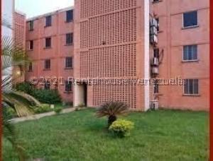 Apartamento En Ventaen Municipio San Diego, El Tulipan, Venezuela, VE RAH: 21-26679