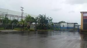 Local Comercial En Ventaen Maturin, Maturin, Venezuela, VE RAH: 21-26682