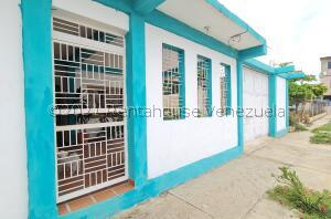 Casa En Ventaen Barcelona, Casco Central, Venezuela, VE RAH: 21-26688