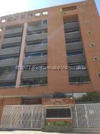 Apartamento En Alquileren Caracas, Campo Alegre, Venezuela, VE RAH: 21-26705