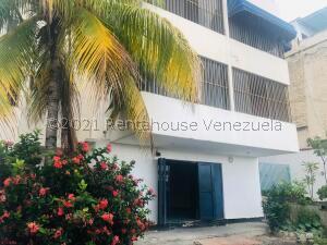 Local Comercial En Ventaen La Guaira, Macuto, Venezuela, VE RAH: 21-26766