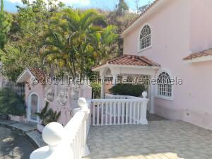 Casa En Ventaen Municipio Los Salias, Mirador Panamericano, Venezuela, VE RAH: 21-26710