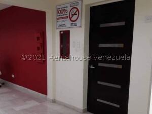 Oficina En Ventaen Maracaibo, 5 De Julio, Venezuela, VE RAH: 21-26760