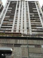 Apartamento En Ventaen Caracas, Parroquia La Candelaria, Venezuela, VE RAH: 21-26714
