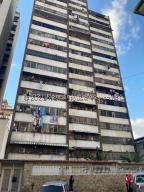 Apartamento En Ventaen Caracas, Parroquia Santa Rosalia, Venezuela, VE RAH: 21-26717