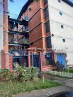 Apartamento En Ventaen Guarenas, Nueva Casarapa, Venezuela, VE RAH: 21-26759