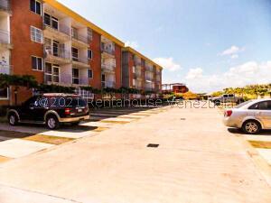 Apartamento En Ventaen Higuerote, La Costanera, Venezuela, VE RAH: 21-26755