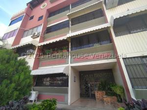 Apartamento En Ventaen Turmero, Campo Alegre, Venezuela, VE RAH: 21-27167