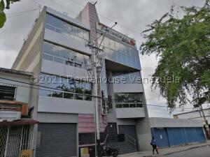 Oficina En Alquileren Maracay, La Maracaya, Venezuela, VE RAH: 21-26816