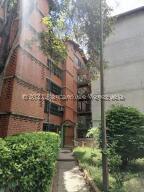 Apartamento En Ventaen Guarenas, Nueva Casarapa, Venezuela, VE RAH: 21-26822