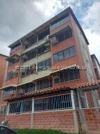 Apartamento En Ventaen Guarenas, Terrazas Del Este, Venezuela, VE RAH: 21-27530