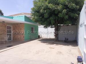 Casa En Ventaen Maracaibo, La Florida, Venezuela, VE RAH: 21-26856