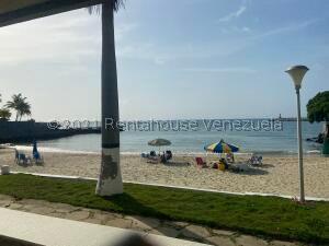 Apartamento En Ventaen Parroquia Caraballeda, Caribe, Venezuela, VE RAH: 21-26875