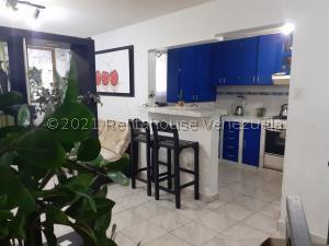Apartamento En Ventaen Turmero, Los Nisperos, Venezuela, VE RAH: 21-11278