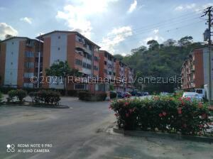 Apartamento En Ventaen Guarenas, Sector Industrial Cloris, Venezuela, VE RAH: 21-27008