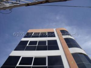 Apartamento En Alquileren Ciudad Ojeda, Centro, Venezuela, VE RAH: 21-27018