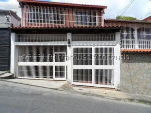 Casa En Ventaen Caracas, Los Palos Grandes, Venezuela, VE RAH: 21-27035