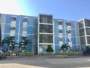 Apartamento En Ventaen Palo Negro, Los Naranjos, Venezuela, VE RAH: 21-27036