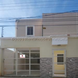 Townhouse En Ventaen Maracaibo, La Macandona, Venezuela, VE RAH: 21-27074