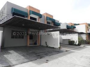 Townhouse En Ventaen Valencia, Trigal Norte, Venezuela, VE RAH: 21-27252