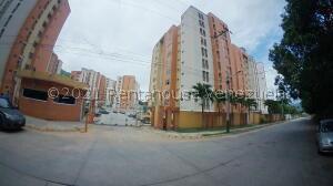 Apartamento En Ventaen Municipio Naguanagua, El Rincon, Venezuela, VE RAH: 21-27224