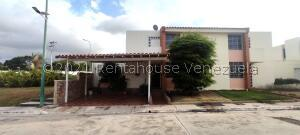 Casa En Ventaen Cabudare, Parroquia Cabudare, Venezuela, VE RAH: 21-27080