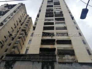 Apartamento En Ventaen Caracas, San Agustin Del Norte, Venezuela, VE RAH: 21-27091