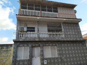 Casa En Ventaen Valencia, Los Caobos, Venezuela, VE RAH: 21-27509