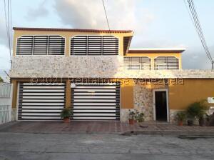 Casa En Ventaen Palo Negro, El Orticeño, Venezuela, VE RAH: 21-27270