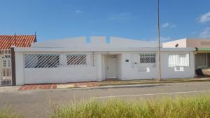 Casa En Ventaen Punto Fijo, Las Virtudes, Venezuela, VE RAH: 21-27128