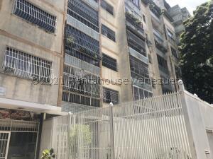 Apartamento En Ventaen Caracas, La Florida, Venezuela, VE RAH: 21-27203