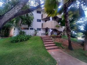 Apartamento En Ventaen Margarita, Guacuco, Venezuela, VE RAH: 21-27159