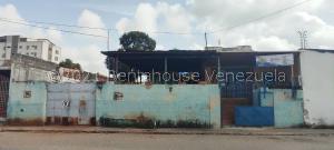 Terreno En Ventaen Barquisimeto, Zona Este, Venezuela, VE RAH: 21-27142