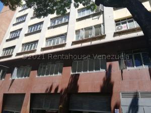 Local Comercial En Ventaen Caracas, Centro, Venezuela, VE RAH: 21-27154