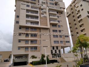 Apartamento En Alquileren Maracaibo, El Milagro, Venezuela, VE RAH: 21-27170