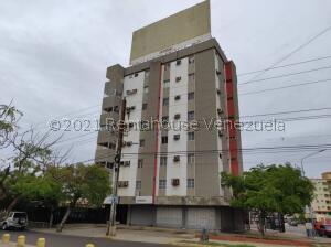 Apartamento En Ventaen Maracaibo, Indio Mara, Venezuela, VE RAH: 21-27169