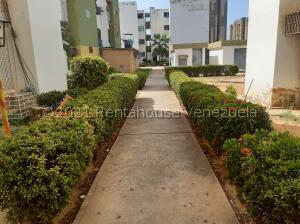Apartamento En Ventaen Maracaibo, Los Olivos, Venezuela, VE RAH: 21-27195