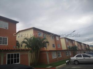 Apartamento En Ventaen Guatire, Alto Grande, Venezuela, VE RAH: 21-27198