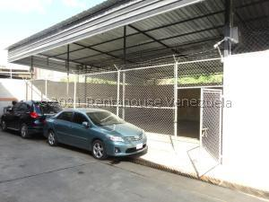 Galpon - Deposito En Alquileren Caracas, Baruta, Venezuela, VE RAH: 21-27660
