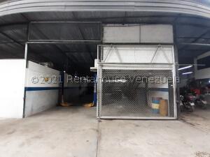 Galpon - Deposito En Alquileren Caracas, Baruta, Venezuela, VE RAH: 21-27662