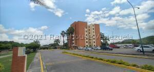 Apartamento En Ventaen Barquisimeto, Parque Las Trinitarias, Venezuela, VE RAH: 21-27223
