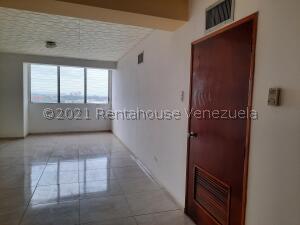Apartamento En Ventaen Ciudad Ojeda, Plaza Alonso, Venezuela, VE RAH: 21-23234